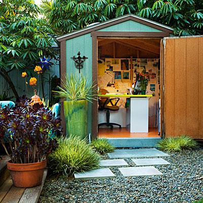 chic-backyard-shed-office-0211-m