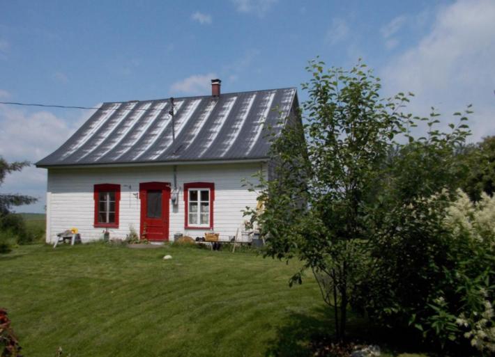 81 000 pour une petite maison dans la prairie de la. Black Bedroom Furniture Sets. Home Design Ideas